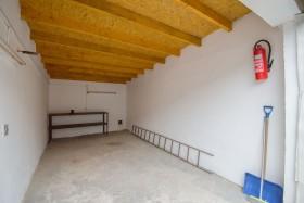 Obrázek nemovitosti: PRONÁJEM GARÁŽE ul.Okrajová